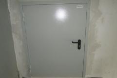 Установка противопожарных дверей л.кл 1-10 Петергофское ш д11-21