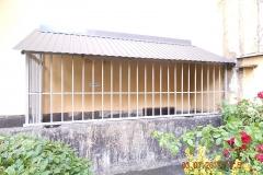 Установка решеток Маршала Захарова дом 11