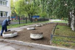 Частичное восстановление газона Маршала Захарова 15