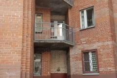 Ремонт аварийного ограждения переходного балкона Ленинский д79 к1 пар7